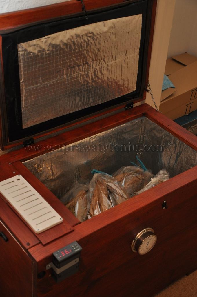 Шкаф для табака своими руками 340